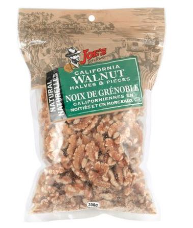 """Des """"noix de Grénoble californiennes"""" vendues chez Walmart au Canada"""